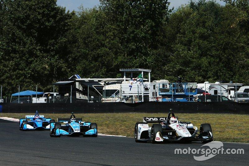 Graham Rahal, Rahal Letterman Lanigan Racing Honda, Max Chilton, Carlin Chevrolet, Felix Rosenqvist, Chip Ganassi Racing Honda