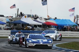 #67 Ford Chip Ganassi Racing Ford GT: Andy Priaulx, Harry Tincknell, Jonathan Bomarito