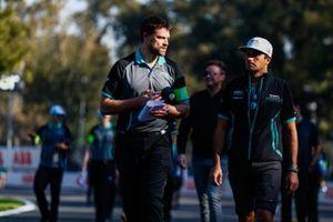 Nelson Piquet Jr., Panasonic Jaguar Racing, Jaguar I-Type 3, on the track walk with the team