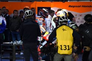 Jorge Lorenzo, Repsol Honda Team after crash