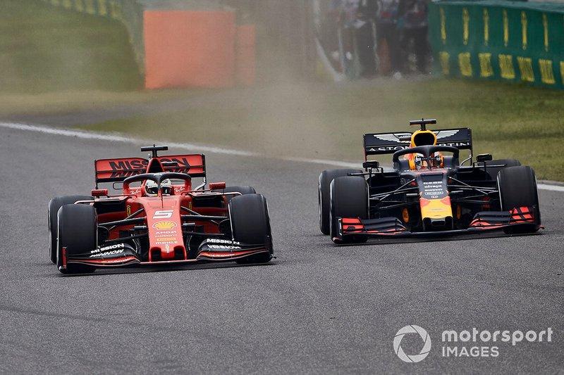 Sebastian Vettel, Ferrari SF90, lotta con Max Verstappen, Red Bull Racing RB15