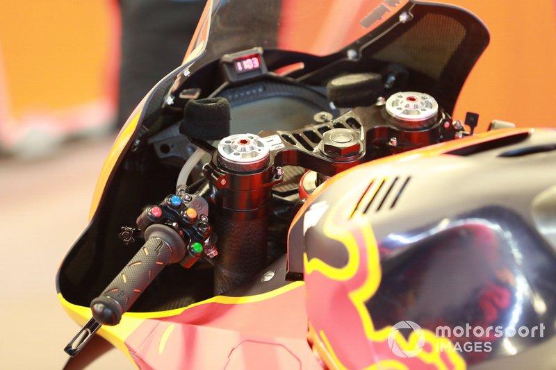 Lenker: KTM RC16