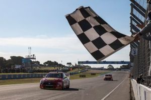 Race winner Fabian Coulthard, DJR Team Penske, second place Scott McLaughlin, DJR Team Penske Ford