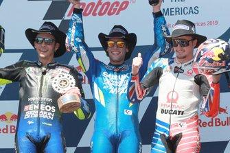 Podium : le deuxième Valentino Rossi, Yamaha Factory Racing, le vainqueur Alex Rins, Team Suzuki MotoGP, le troisième Jack Miller, Pramac Racing
