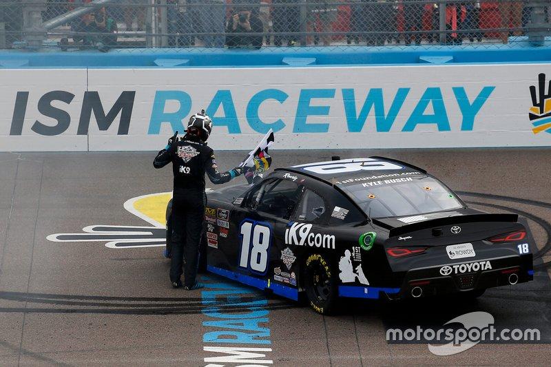 Ganador Kyle Busch, Joe Gibbs Racing, Toyota Supra Extreme Concepts/iK9