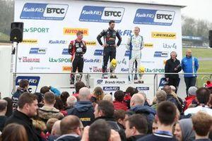 Podium race 2: winner Andrew Jordan, WSR BMW, second place Ash Sutton, Team BMR Subaru Levorg, third place Adam Morgan, Cicely Racing Mercades A-Class