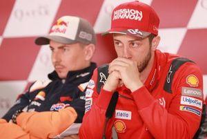 Хорхе Лоренсо, Repsol Honda Team, и Андреа Довициозо, Ducati Team