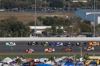 Austin Cindric, Team Penske, Ford Mustang MoneyLion and Christopher Bell, Joe Gibbs Racing, Toyota Supra Rheem
