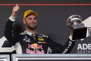 Podyum: 3. Shane van Gisbergen, Triple Eight Race Engineering Holden