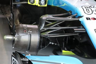 Williams Racing FW42 front suspension detail