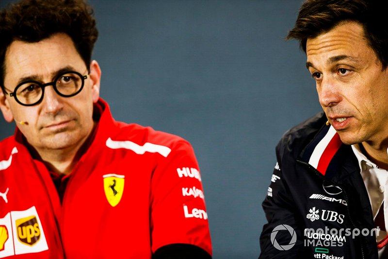 Mattia Binotto, Team Principal Ferrari, Toto Wolff, Executive Director (Business), Mercedes AMG