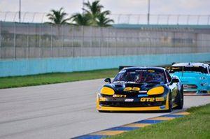 #33 MP1B Chevrolet Corvette driven by Joe Moholland of Moholland Racing