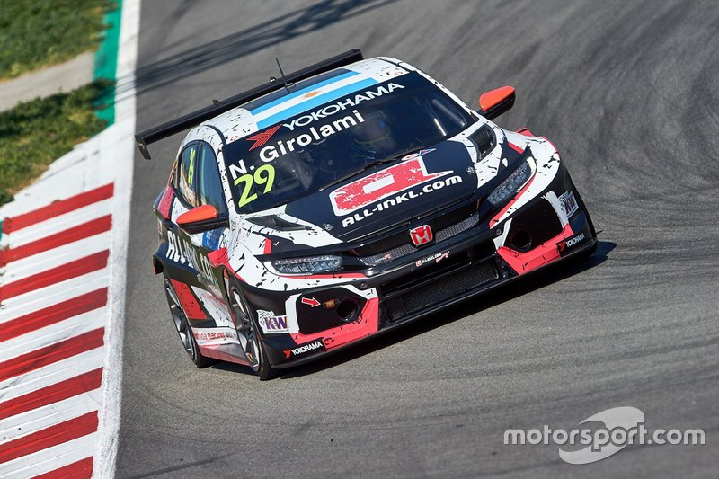 №29. Нестор Жиролами (Аргентина, 29 лет), Honda Civic Type R TCR, команда ALL-INKL.COM Münnich Motorsport