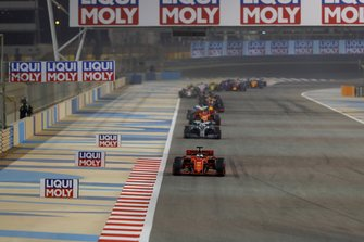 Sebastian Vettel, Ferrari SF90, Valtteri Bottas, Mercedes AMG W10, Charles Leclerc, Ferrari SF90