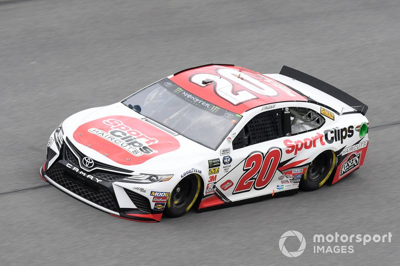 16. Erik Jones (Gibbs-Toyota)