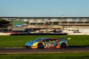 #88 Zelus Motorsports Lamborghini Huracan GT3: Jason Harward, Madison Snow