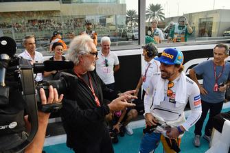 Flavio Briatore and Fernando Alonso, McLaren on the grid