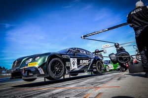 #9 K-Pax Racing Bentley Continental GT3: Alvaro Parente, Rodrigo Baptista, Bryan Sellers