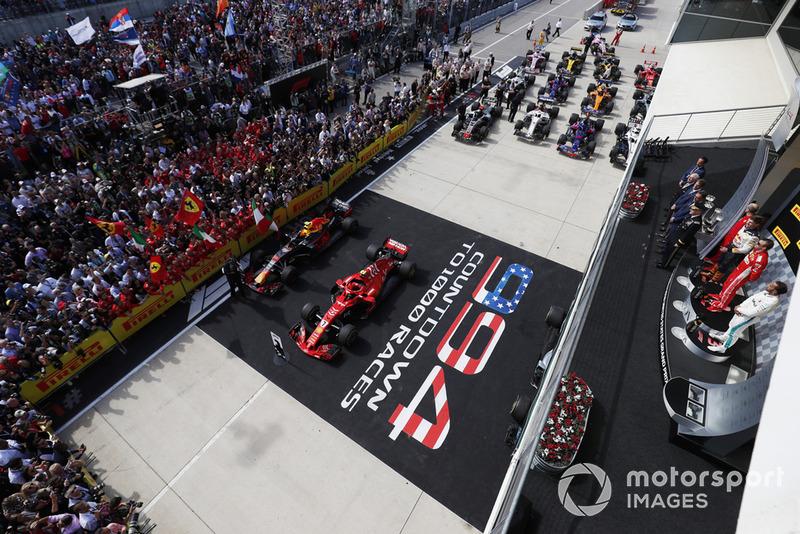 Lewis Hamilton, Mercedes AMG F1, il vincitore della gara, Kimi Raikkonen, Ferrari e Max Verstappen, Red Bull Racing sul podio