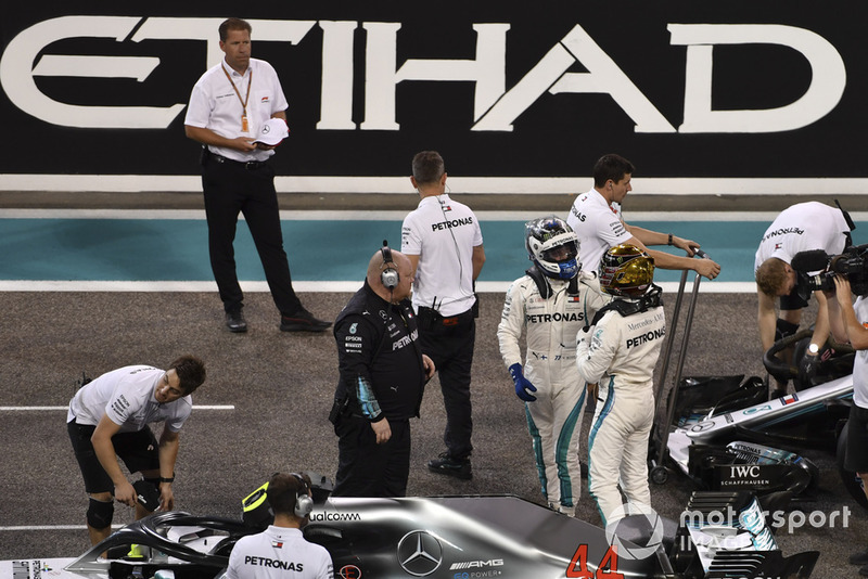 Lewis Hamilton, Mercedes AMG F1 y Valtteri Bottas, Mercedes AMG F1 en Parc Ferme
