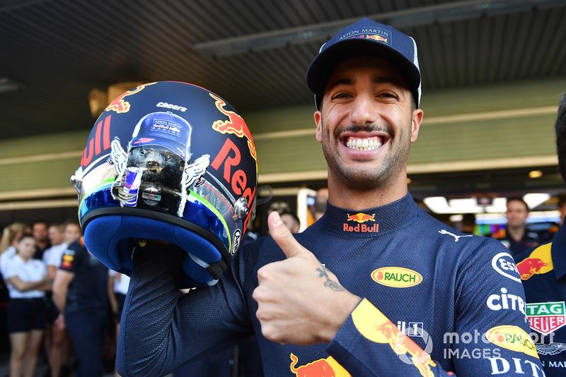 Daniel Ricciardo, Red Bull Racing y casco