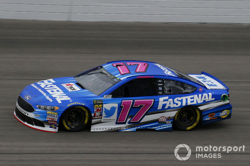15. Ricky Stenhouse Jr., Roush Fenway Racing, Ford Fusion Fastenal