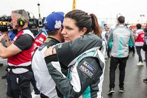 I compagni di squadra Katherine Legge, Rahal Letterman Lanigan Racing, Bryan Sellers, Rahal Letterman Lanigan Racing