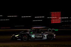 #44 Magnus Racing Lamborghini Huracan GT3, GTD: John Potter, Andy Lally, Spencer Pumpelly