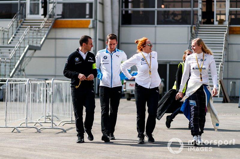 Beitske Visser, BMW I Andretti Motorsports, with the BMW I Andretti team