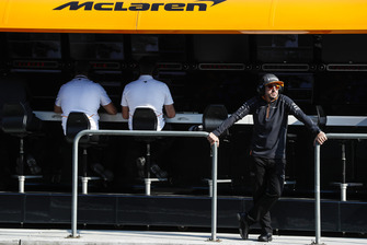 Fernando Alonso, McLaren, stands on the gantry
