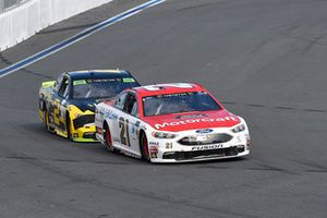 Paul Menard, Wood Brothers Racing, Ford Fusion Motorcraft / Quick Lane Tire & Auto Center, Brad Keselowski, Team Penske, Ford Fusion Alliance Truck Parts