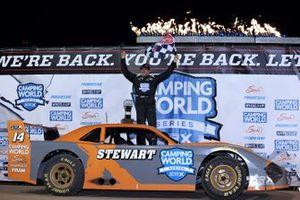 Race winner Tony Stewart, SRX