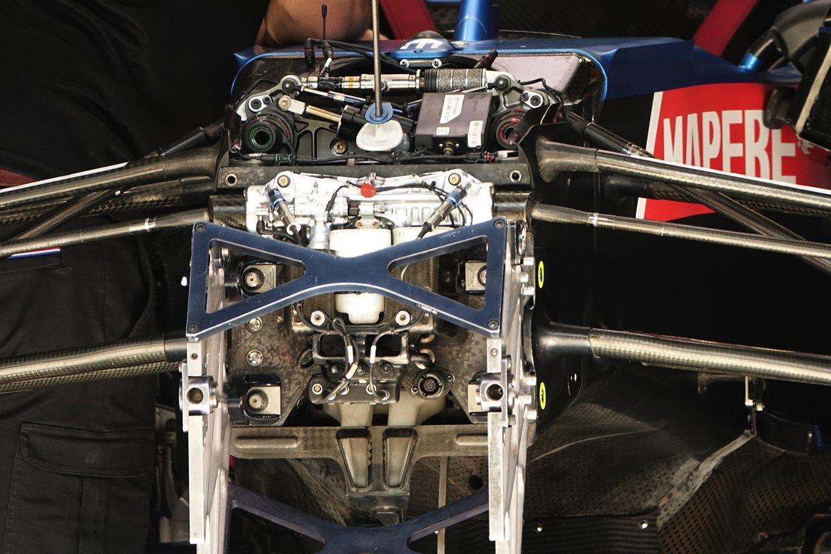 Detalle frontal del Alpine A521 de Fernando Alonso