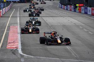 Max Verstappen, Red Bull Racing RB16B, Sergio Perez, Red Bull Racing RB16B, and Lewis Hamilton, Mercedes W12