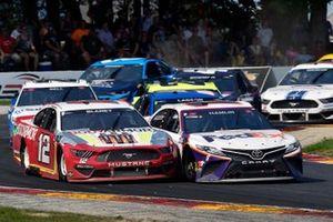 Ryan Blaney, Team Penske, Ford Mustang BodyArmor and Denny Hamlin, Joe Gibbs Racing, Toyota Camry FedEx Freight