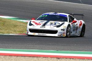 #334 SR&R Scuderia Ravetto & Ruberti, Ferrari 458 Challenge: Jacopo Baratto, Leonardo Becagli, Giorgio Vinella