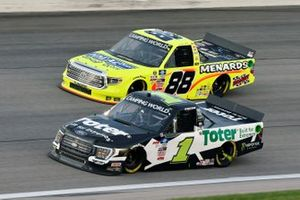 Hailie Deegan, Team DGR, Ford F-150 Toter/Engine Ice and Matt Crafton, ThorSport Racing, Toyota Tundra Ideal Door/Menards