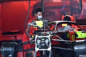 Ferrari SF21 front suspension detail