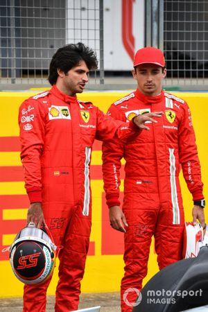 Carlos Sainz Jr., Ferrari, en Charles Leclerc, Ferrari
