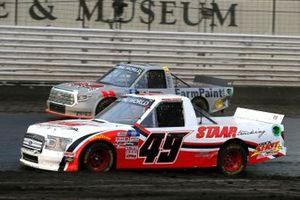 Andrew Gordon, CMI Motorsports, Toyota Tundra Staar Trucking, Johnny Sauter, ThorSport Racing, Toyota Tundra AHI Facility Services, Inc.