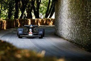Andrew Beaumont, Lotus 77