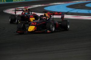 Jak Crawford, Hitech Grand Prix, devance Jonny Edgar, Carlin