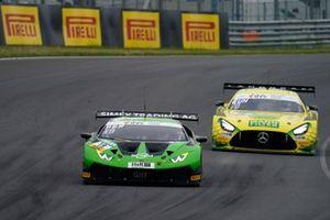 #19 GRT Grasser Racing Team Lamborghini Huracán GT3 Evo: Rolf Ineichen, Frank Perera, #70 Mann-Filter Team Landgraf-HTP WWR Mercedes-AMG GT3 Evo: Raffaele Marciello, Maximilian Buhk