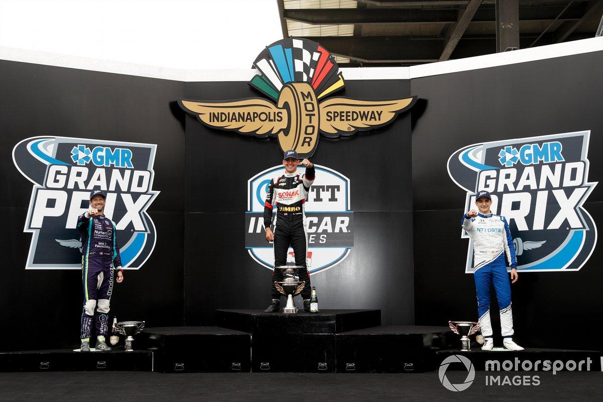 Podio: segundo Romain Grosjean, Dale Coyne Racing with RWR Honda, ganador Rinus VeeKay, Ed Carpenter Racing Chevrolet, tercero Alex Palou, Chip Ganassi Racing Honda