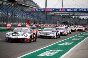 #75 Kues Team Bernhard Porsche 911 GT3 R: Christian Engelhart, Thomas Preining