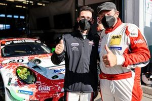 Polesitter #30 Frikadelli Racing Team Porsche 911 GT3 R: Klaus Abbelen, Julien Andlauer