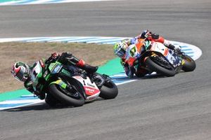 Jonathan Rea, Kawasaki Racing Team WorldSBK, Axel Bassani, Motocorsa Racing