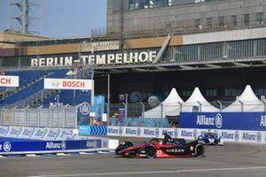Sebastien Buemi, Nissan e.Dams, Nissan IMO3, Maximilian Gunther, BMW i Andretti Motorsport, BMW iFE.21
