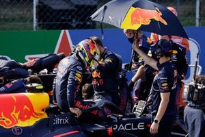 Sergio Perez, Red Bull Racing RB16B, on the grid
