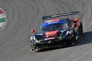 #3 Easy Race, Ferrari 488 GT3 Evo: Matteo Greco, Karol Basz